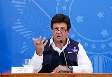Mandetta ignora nova fala de Bolsonaro e repete mantra: 'Lavoro, lavoro, lavoro'