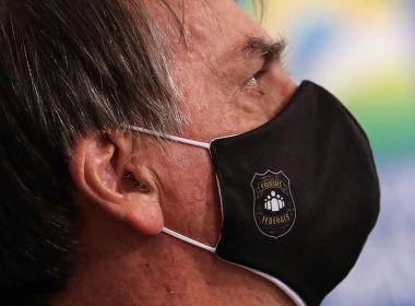 Bolsonaro cogita possibilidade de veto caso 'PL das Fake News' passe pela Câmara