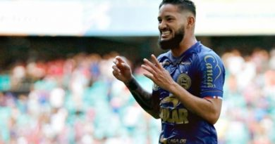 Com contratos no fim, Arthur Caíke e Giovanni podem deixar o Bahia
