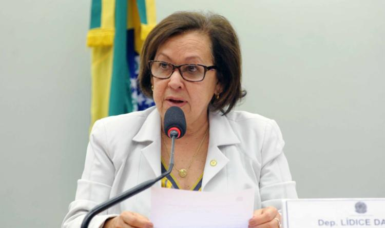 Deputados baianos criticam saída de mais um ministro da Educação