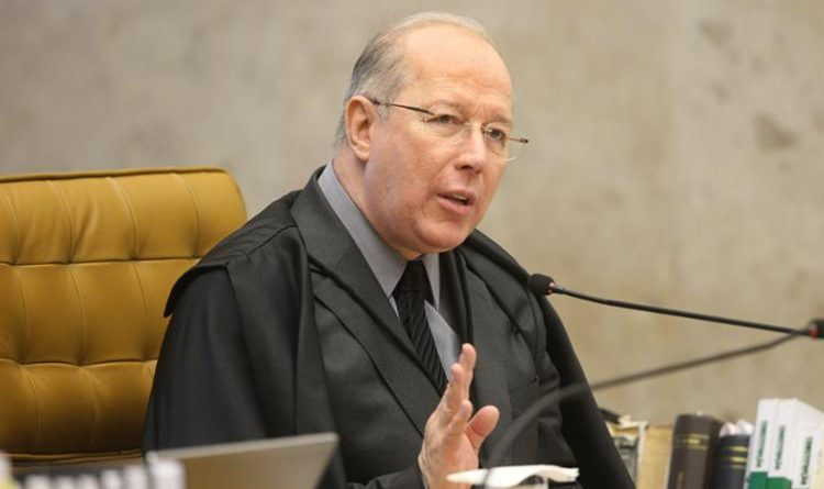 Celso de Mello envia ao plenário do STF ação que questiona foro para Flávio Bolsonaro
