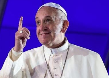 Origem de um envelope com três balas de revólver enviado ao Papa é investigada